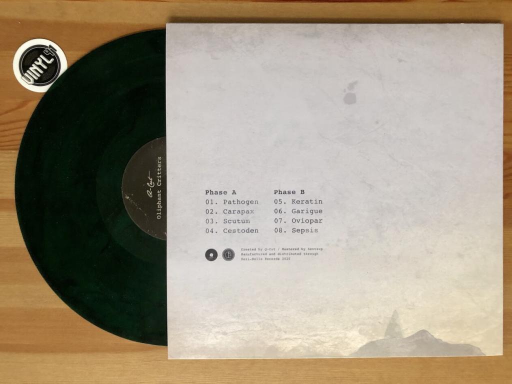 q-cut-oliphant-critters-dezi-belle-vinyl-b