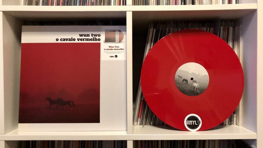 Wun Two - o cavalo vermelho (Sichtexot)