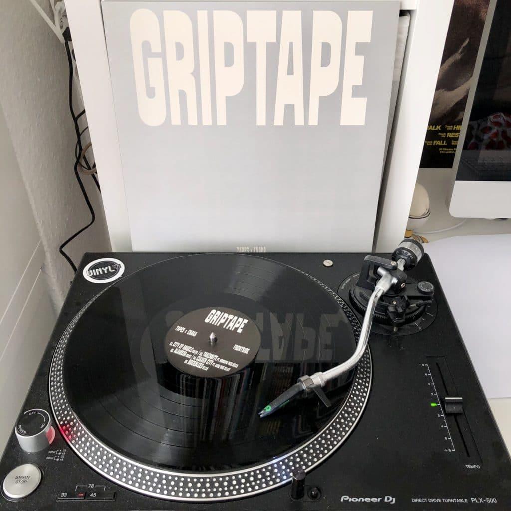 7apes-x-enaka-griptape-block-opera-block006-2